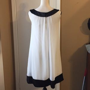 Connected Dresses - White Dress with Black Details by Connected Sz 8